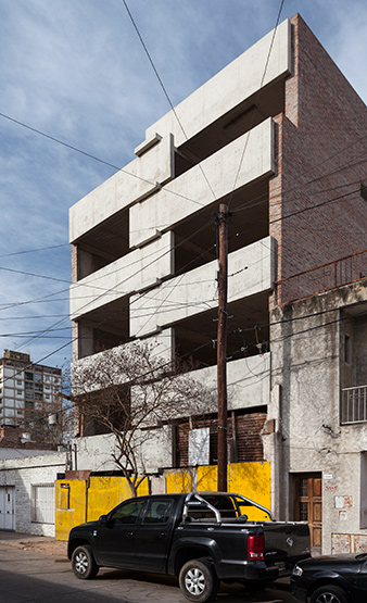 003_javier-agustin-rojas_un-edificio-campodonico_IMG_2847-copia