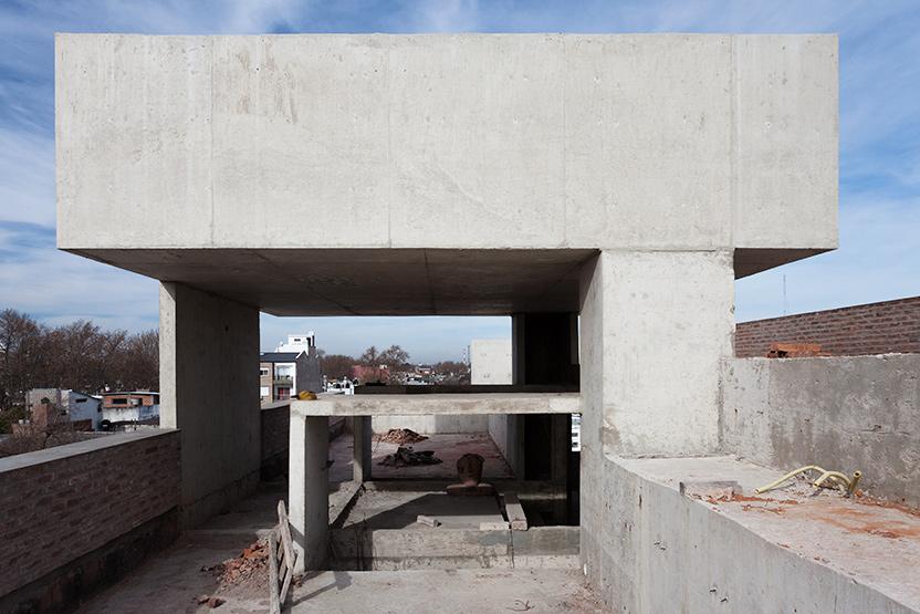 016_javier-agustin-rojas_un-edificio-campodonico_IMG_2884