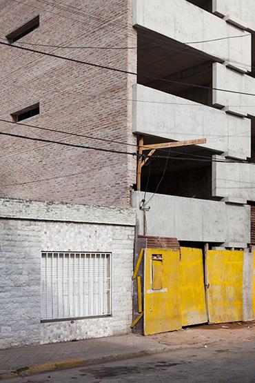 005_javier-agustin-rojas_un-edificio-campodonico_IMG_2823